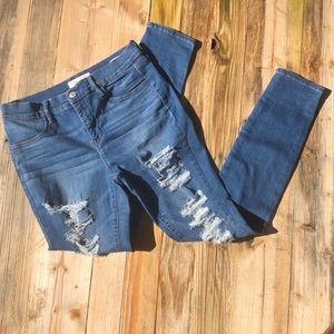 Pacsun | Distressed Skinny Jegging Size 28